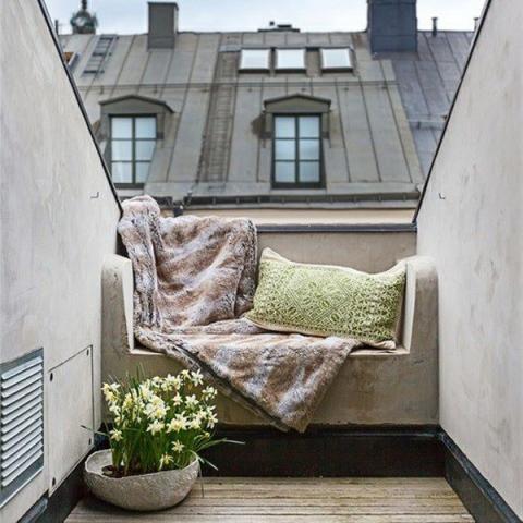 77-cozy-balcony-designs-17